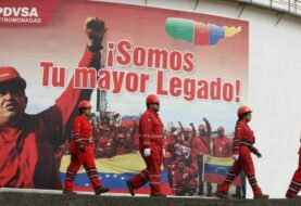 Venezolano se entrega en Miami por trama de lavado que involucra a PDVSA