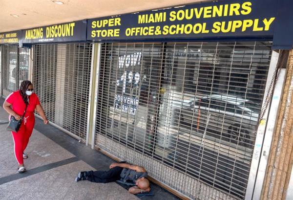 Florida se acerca a 8.000 muertes por coronavirus entre un oscuro y polémico panorama laboral