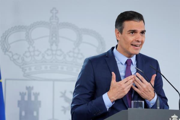 Sánchez defiende la monarquía y asegura que no sabe dónde está Juan Carlos I