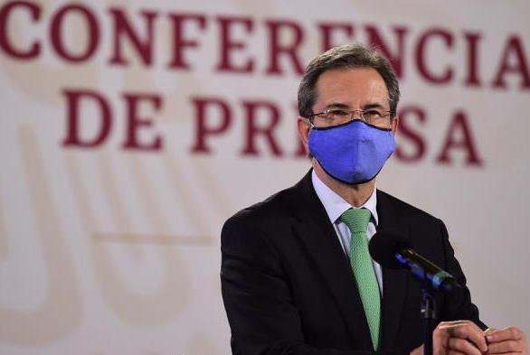 Gobierno de México promete cubrir a 98 % de estudiantes en medio de pandemia