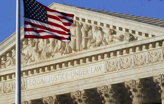 Justicia permite a Trump finiquitar plan que protege a 400.000 inmigrantes