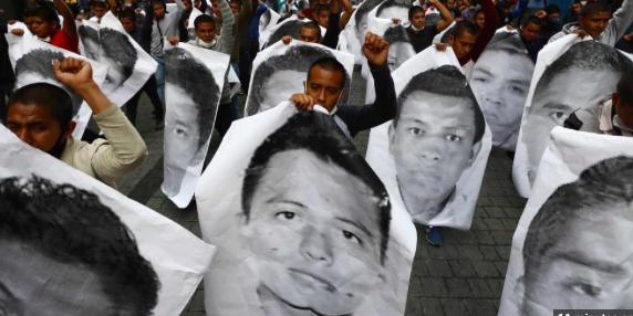 López Obrador pide que implicados en caso Ayotzinapa sean testigos protegidos