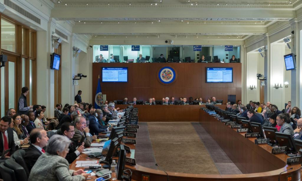 Colombia pide reunión de Consejo Permanente de OEA por situación de Venezuela