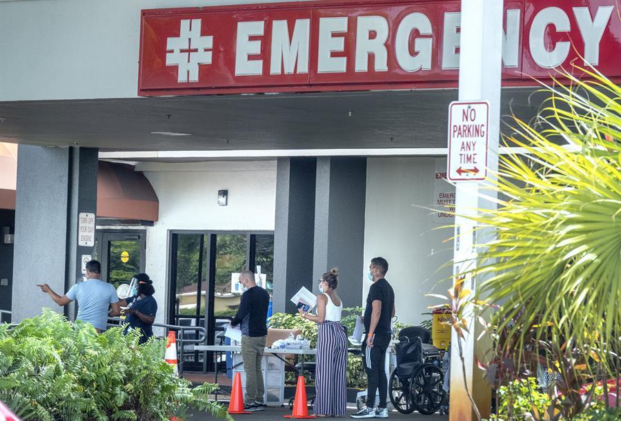 Florida añade a su cuenta 3.116 casos nuevos de la COVID-19 y 145 muertes