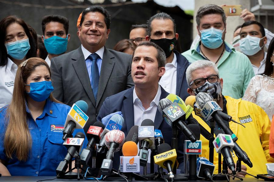 Guaidó invita a movilizarse a las calles en plena pandemia
