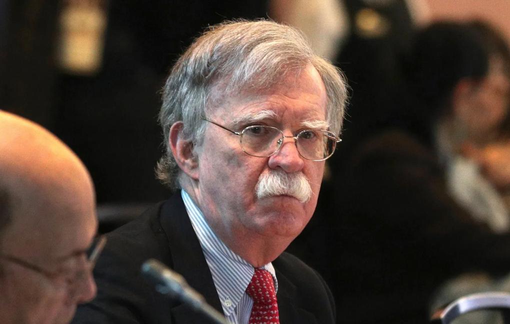 Estados Unidos abre investigación criminal por libro de Bolton