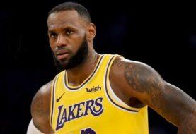 Lakers, con James, parten favoritos a conseguir el título ante Heat