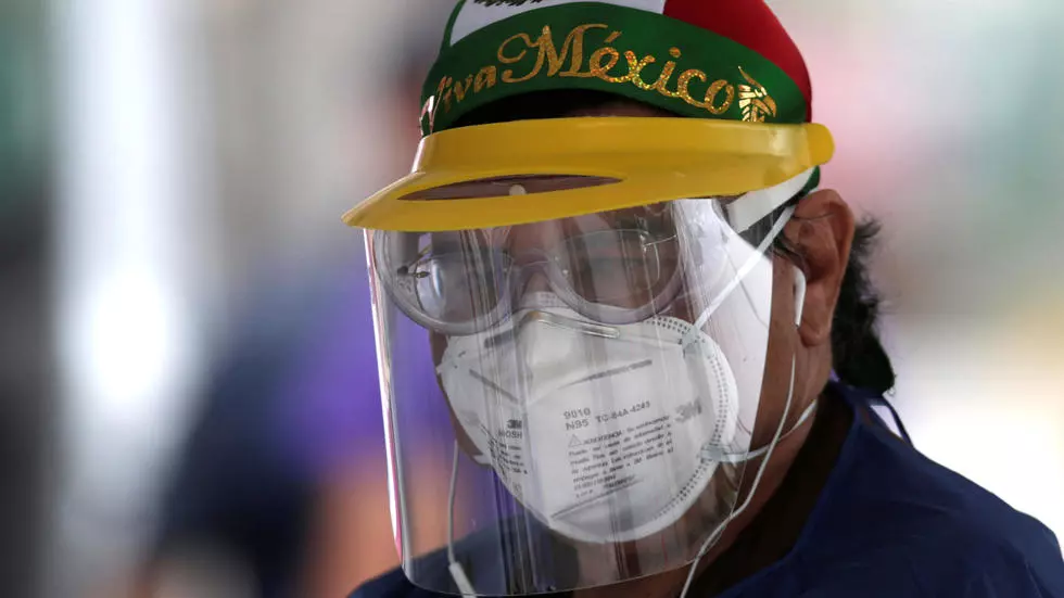 """México destaca los """"indicadores consistentes"""" en la bajada de la pandemia"""