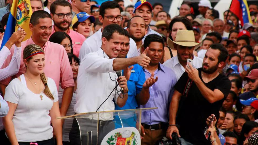 Oposición denuncia que elecciones venezolanas multiplicarán casos de COVID-19