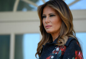 Una Melania Trump de bronce sustituye a la estatua de madera quemada