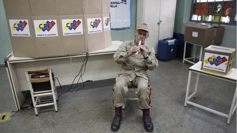 """Venezuela acusa a Bachelet de agredir el derecho """"a una elección libre"""""""