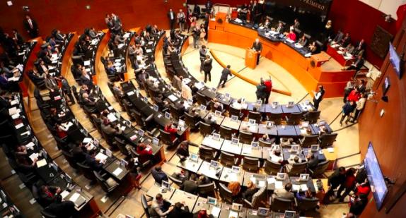 Senado mexicano aprueba consulta popular para enjuiciar a expresidentes