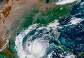 Delta avanza como huracán mayor por el Golfo de México hacia EE.UU.