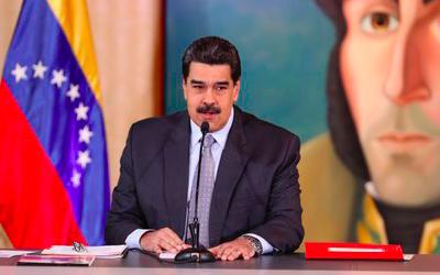 """Maduro denuncia un """"ataque"""" a la mayor refinería de Venezuela"""