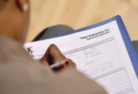Bajan a 751.000 las solicitudes semanales de subsidio por desempleo en EE.UU