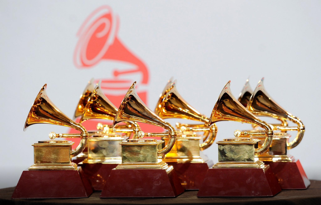 Ceremonia de entrega de los Latin Grammys será en vivo