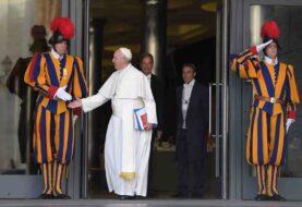 Guardia suizo da positivo por coronavirus y se encienden las alarmas en el Vaticano