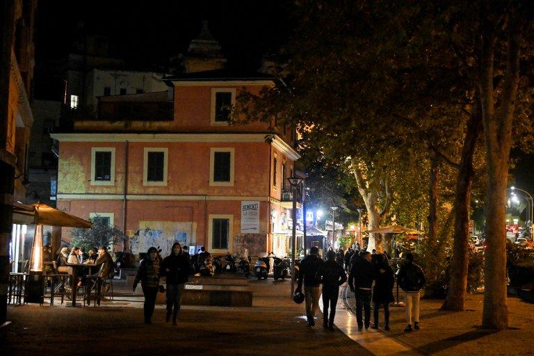 Italia suma 11.700 contagios en un día