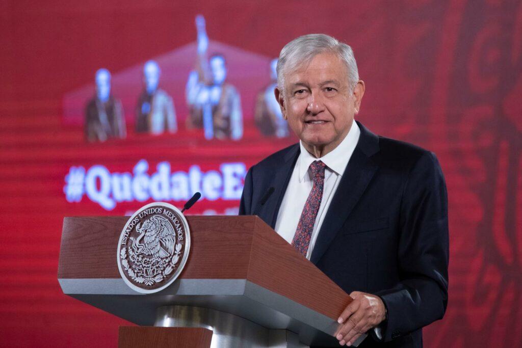 López Obrador defiende su política energética