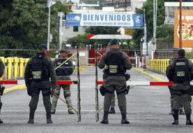 La crisis venezolana pone al borde del colapso la frontera con Colombia