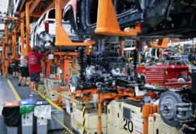 La producción industrial en México cae un 9 %