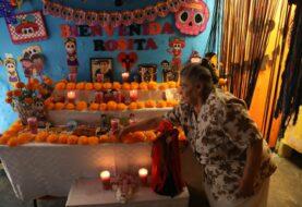 México vive un Día de Muertos dentro de sus casas