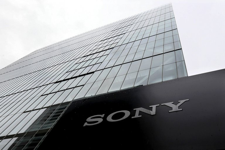 Sony duplicó las ganancias gracias a los juegos y la música