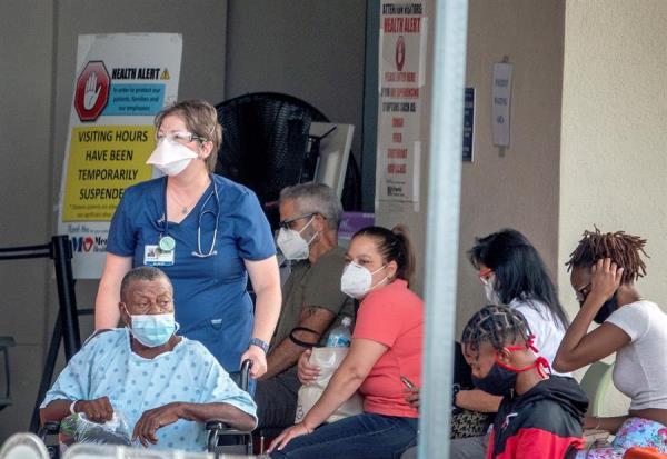 Florida baja de los 2.000 casos de la COVID-19 en un día y añade 41 muertes