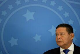 """Brasil espera que """"termine el embrollo"""" para reconocer a Biden"""