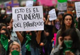 Mujeres de México convocan a un minuto de paro y una marcha contra violencia