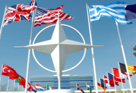 """Embajadora de Trump ante OTAN espera una transición """"sin problemas"""" con Biden"""
