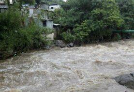 Costa Rica abre 14 albergues ante los efectos indirectos del huracán Eta