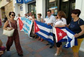 Cubanos en Madrid rechazan la falta de libertad de expresión en la Isla