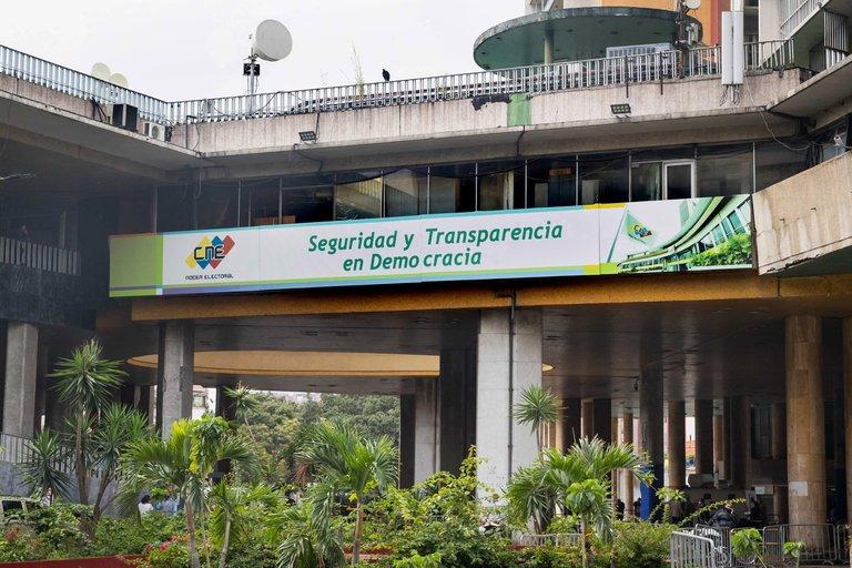 La abstención predomina en Venezuela a un mes de los comicios