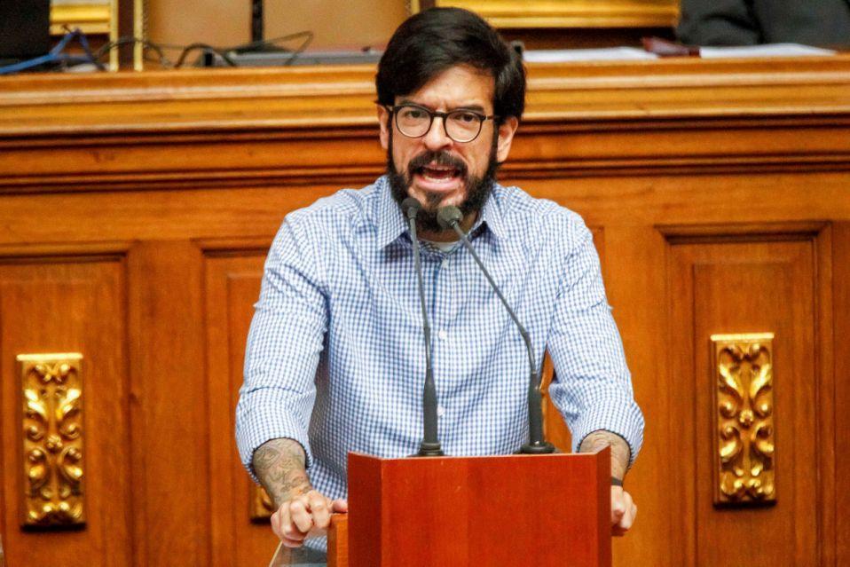 Oposición venezolana condena que Maduro use la ayuda de Unicef para su campaña
