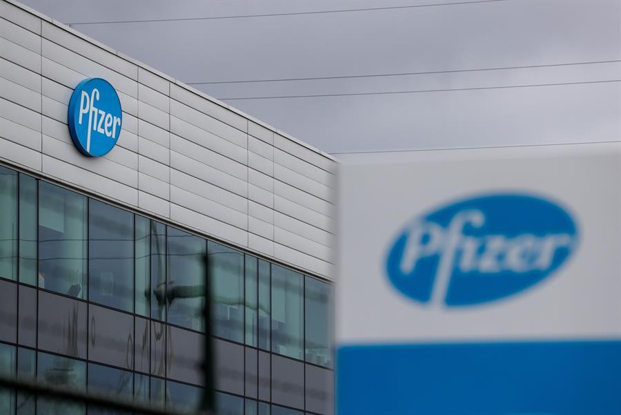 Pfizer eleva al 95 por ciento la efectividad de su vacuna