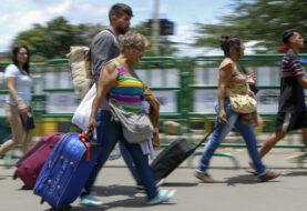 ACNUR: más de 500 personas dejan a diario Venezuela pese a cierre fronteras