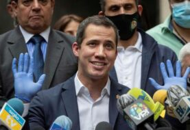 """Guaidó y López denuncian """"el fraude electoral"""" del domingo en Venezuela"""