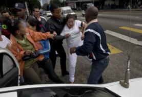 Opositores cubanos condenan la ola represiva contra civiles en Cuba