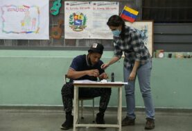 Venezuela sigue esperando para conocer el resultado final de las elecciones