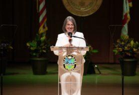 Alcaldesa de Miami-Dade da positivo a la prueba de covid-19