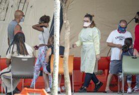 Alza de los casos de covid-19 en Florida alcanza los niveles de julio