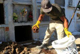 La muerte se mete en la vida cotidiana de los colombianos por la pandemia