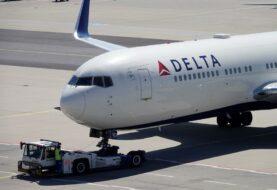 Aerolínea Delta perdió 12.385 millones de dólares en 2020