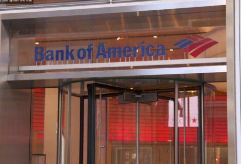 Anciana acusa al Bank of America de falsificar documentos en la ejecución de la hipoteca de su casa