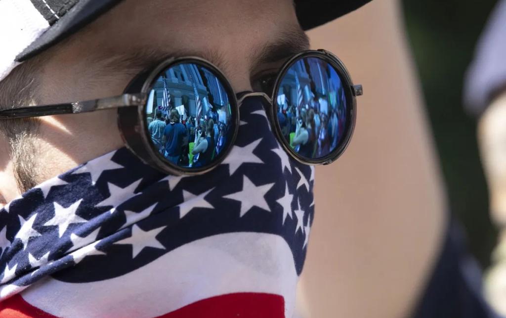 Biden da giro de timón: vuelve a Acuerdo de París y pide el uso de mascarilla