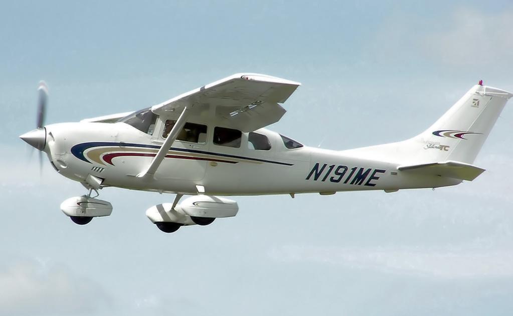 Buscan al ocupante de una avioneta caída al mar en Florida