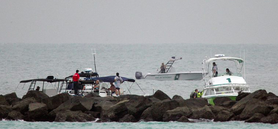 Un desaparecido y cuatro heridos en colisión de botes en Miami