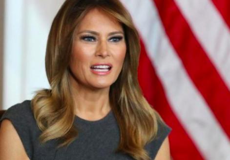 """Melania Trump lamenta la muerte de asaltantes al Capitolio y critica los """"chismes"""""""