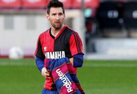 Confirmada tarjeta a Messi por quitarse camiseta y homenajear a Maradona